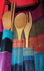 Talheres de bambu (Santinha - Casas Possveis) Tags: organizao blogcasaspossveis colherdepau colheresdepau colherdebambu colheresdebambu talheresdebambu amelhorcolher colherdepaueuuso dicasedicas dicasparacozinha madeiranacozinha idiadeconviteparachdecozinha idiasdedecoraoparaacozinha cozinhacolhedora cozinharstica portacolheres