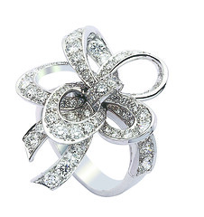 Van Cleef & Arpels - Jeu de ruban ring (Van Cleef & Arpels) Tags: game paris fairytale magic ring jew