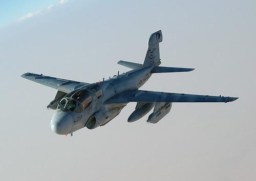 フリー画像| 航空機/飛行機| 軍用機| 電子戦機| EA-6B プラウラー| EA-6B Prowler|      フリー素材|