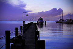 Tranquility (Saildog Photography) Tags: blue sunset red sky usa sun black water silhouette clouds river evening us dock purple florida horizon stjohns tranquility jacksonville fl bluehour powerboats sailboats docked tiedup jax kinky stjohnsriver northflorida northeastflorida platinumheartaward saildog artofimages 50carver
