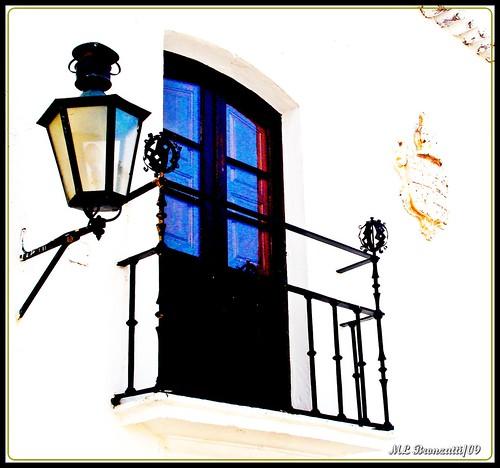 rua ipe jardim estrela:Bairro de ALFAMA ,Beco do Carneiro , Lisboa,Portugal