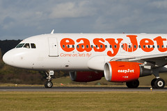 G-EZAO - 2769 - Easyjet - Airbus A319-111 - Luton - 091104 - Steven Gray - IMG_3528