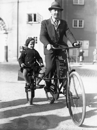 Copenhagen Kids Bicycle Transport 1935