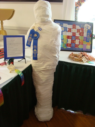 Blue Ribbon Mummy