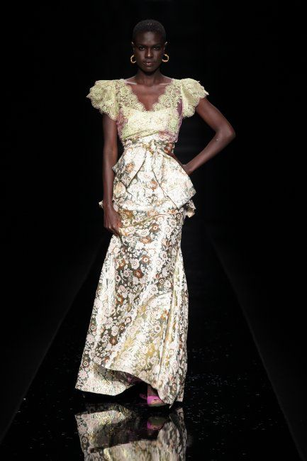 TIFFANY AMBER (ARISE AFRICA FASHION WEEK 2009)