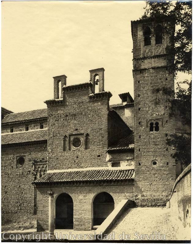 Santiago del Arrabal a principios del siglo XX. Fototeca de la Universidad de Sevilla. Foto M. Moreno
