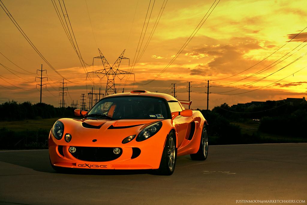 IMAGE: http://farm3.static.flickr.com/2458/3752363857_e38c75d01a_b.jpg
