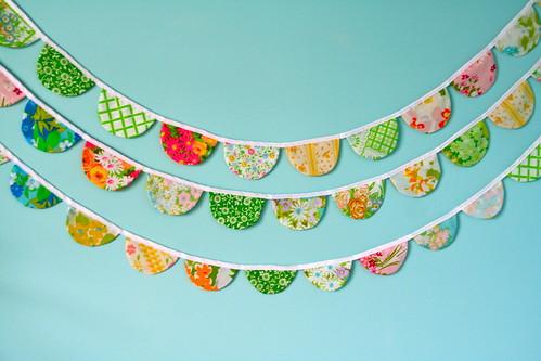scalloped fabric garland