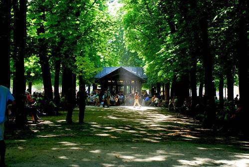 Cafe des Gauffres, Jardin du Luxembourg, Paris (by: Sushant Jadhav, creative commons license)