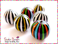 Striped Mix of round beads