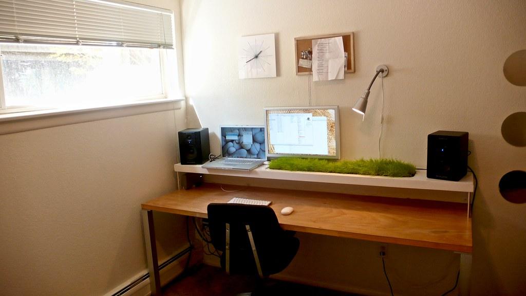 Nicholas Todd's Bedroom Workspace