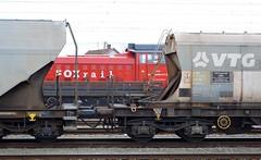 2017_Békéscsaba_9547 (emzepe) Tags: 2017 február tél vasútállomás hungary ungarn hongrie gare gara pályaudvar bahnhof railway station railways ferrovia rautatie asema stazione állomás train vonat vasút szerelvény zug juna mozdony engine locomotive locomotives lokomotiv lok békéscsaba békéscsabai loco loc sorozat series serie sorozatú sorozatszám sorozatszámú pályaszám pályaszámú 429 011 dácsia nagy ldh125 ldh 125 nagydácsia cfr class classa 80 73 piros red rot fox rail magyar magánvasút private romanian román rókavasút