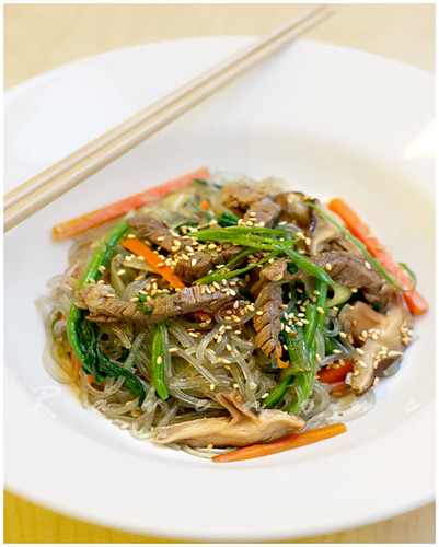 japchae, korean noodles, glass noodles