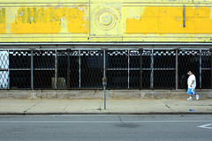 (Brian Hagy) Tags: chicago yellow il storefront streetshot