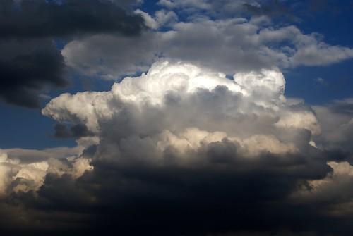 Teotihuacan Sky