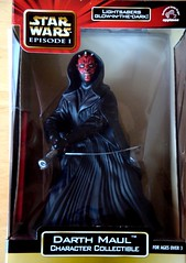 Darth Maul Statue (ihatepeacocks) Tags: statue toy toys starwars purple action eu figure jedi imperial kenner lightsaber darthvader saga package figures e1 imp officer sith darthmaul lightsabers applause hasbro obiwankenobi quigonjinn moc jedimaster sithlord aotc expandeduniverse potj powerofthejedi