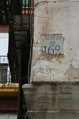 """Manzana 169 / Quarter 169 in the """"Barrio del Carmen"""", Valencia, Spain (AN/sascha) Tags: old valencia sign corner canon eos 350d manzana alt an un esquina signpost rebelxt eos350d digitalrebelxt ux antiguo bdc rincon señal documenting observing barriodelcarmen inthecity eosdigitalrebelxt enlaciudad inderstadt u09 ansascha vàlencia gassenecke"""