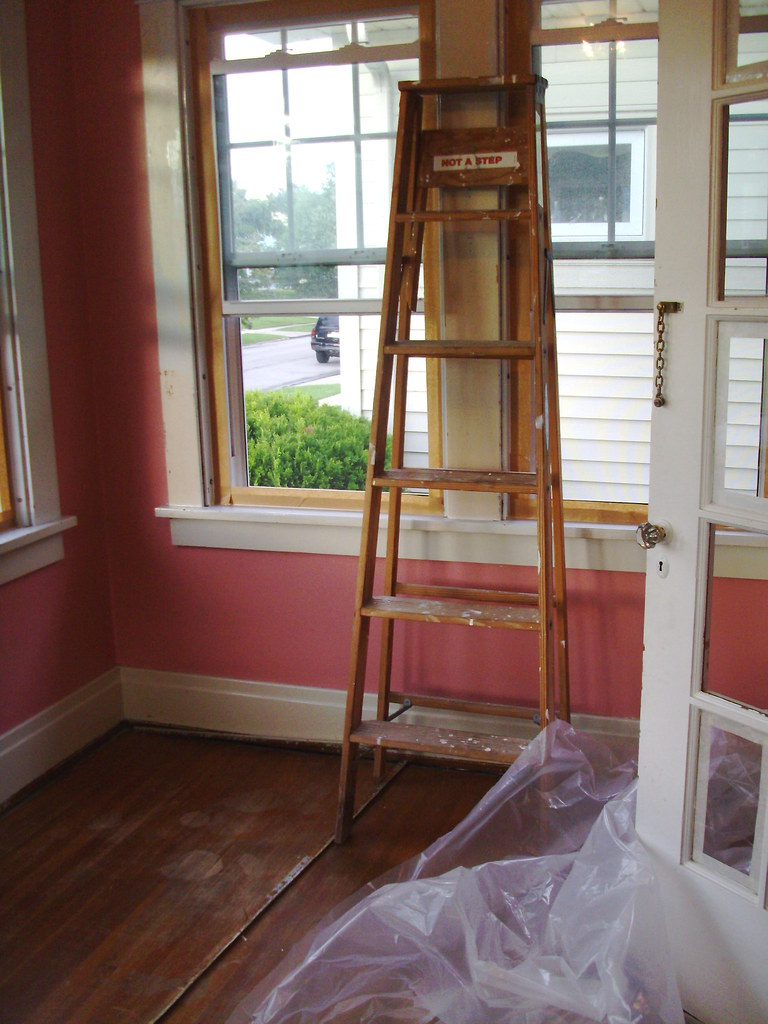 yucky pink walls and blue trim