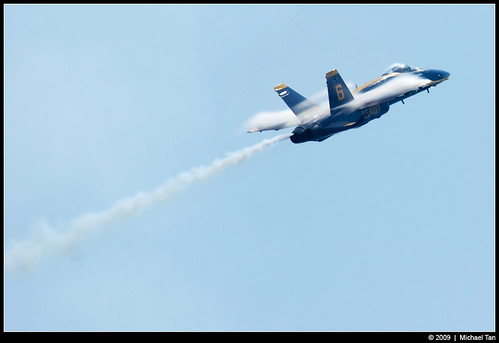 Blue Angels: F/A-18 Hornet (by Tanner.)