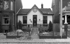 Historic photo from Sunday, November 23, 1997 - Gothic Cottage at 756 Markham St in Seaton Village