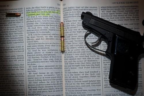 La Biblia y la pistola - Foto Ken Wilcox