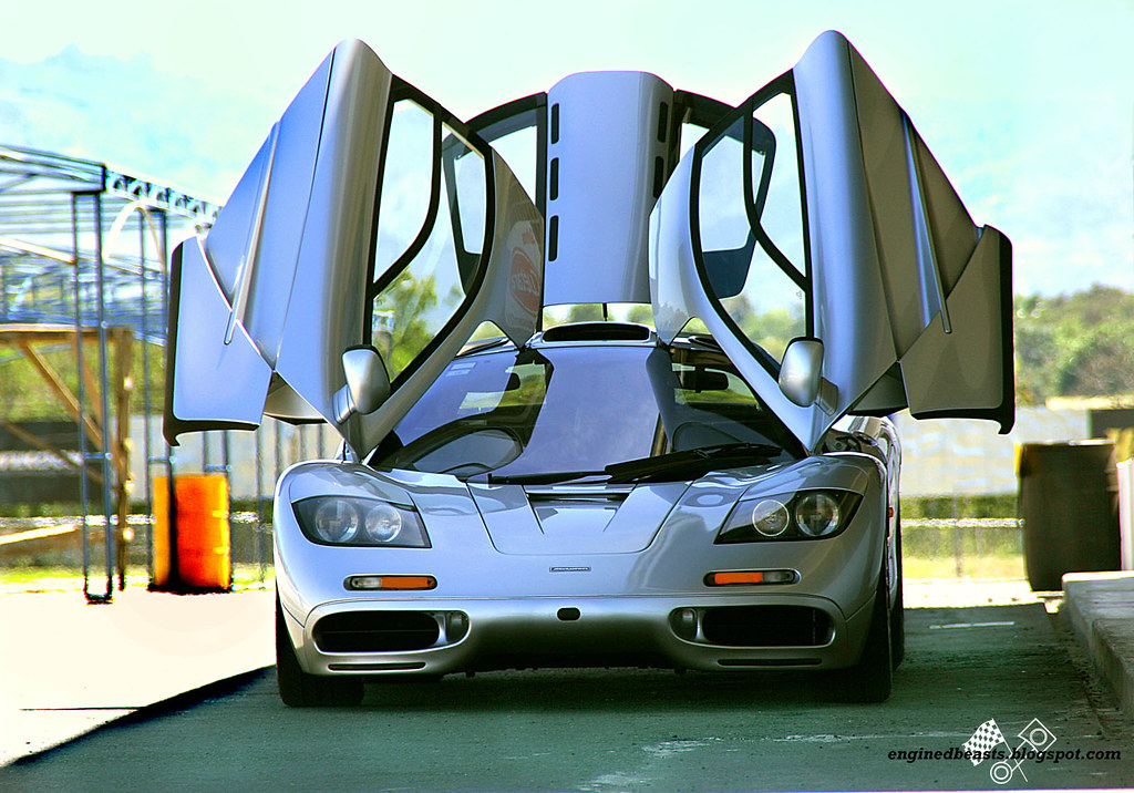 Mclaren F1 02