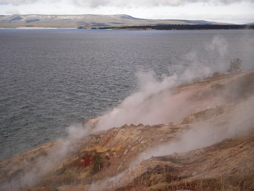 Yellowstone Lake with Thermal Power!