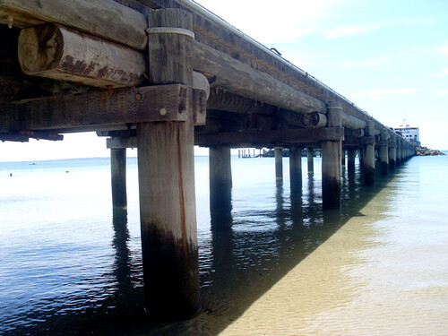 Kingfisher Bay Jetty.