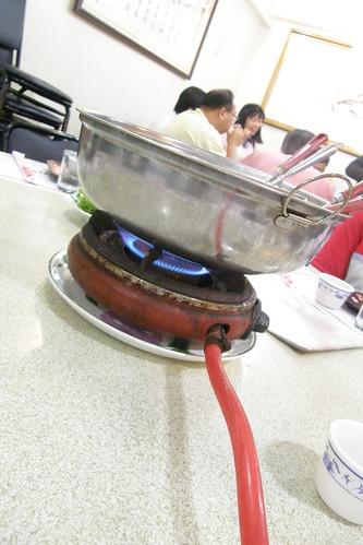 01.用瓦斯爐煮的火鍋