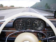 Oldtimer Merc on the road (knipsfredi) Tags: road germany deutschland mercedes benz autobahn mercedesbenz oldtimer merc 280se strase w108 knipsfredi knipsfreddy