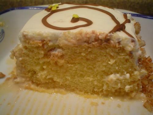 Corte al pastel de 3 leches