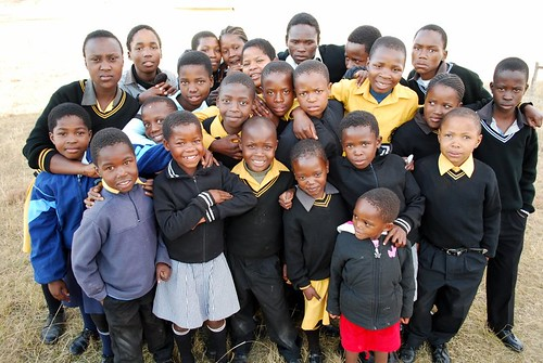 The kids of Itekeng