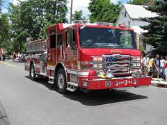 Bogota, NJ Fire Department (OaklandFD213 (Fire 1)) Tags: park 2 3 ford expedition fire 1 bogota explorer 4 engine pierce ladder mack hush department command cf seagrave ridgefield eone impel rearmount tillered