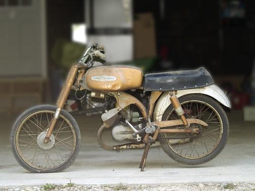 Les vieilles Harley....(ante 84)..... - Page 5 3702096667_842d24c12d