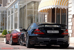 Merc' SL65 Black Series with Bug' Veyron (Julien Rubicondo Photography - julienrubicondo.com) Tags: red summer white black cars car rouge mercedes benz dubai noir cannes duo bordeaux 666 sl mercedesbenz series t bugatti blanc rare 2009 supercar 65 sl65 ete qatar supercars veyron dxb noire croisette duba 2k9