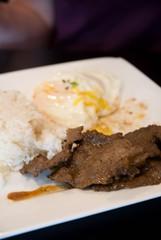 pancitan beef and egg