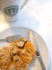 "cold ""fried"" carrot cake oat bran. (buttermilk*blue) Tags: black coffee breakfast yum cinnamon knife fork raisins starbucks spices carrots fried carrotcake oatbran truvia carrotcakeoats"