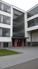 #ksavienna Dessau - Bauhaus (5) (evan.chakroff) Tags: evan germany bauhaus dessau gropius waltergropius evanchakroff chakroff ksavienna evandagan