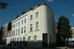 West Warwick Place SW1 (Jamie Barras) Tags: uk houses england building london architecture century corner buildings terrace victorian row stucco 19th pimlico townhouses sw1  cubitt