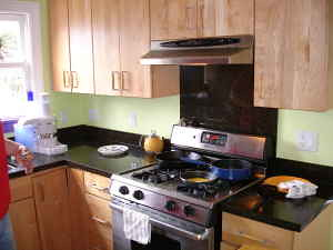 Oakland House for Rent: Rhoda Ave.: Kitchen