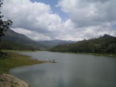 358. Kundala Reservoir (profmpc) Tags: india water clouds boats kerala reservoir mpc munnar kundala