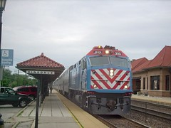 Westbound Metra local commuter train. Hindsdale Illinois. June 2007.