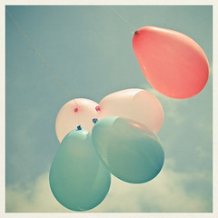 (_cassia_) Tags: pink blue light shadow red sky clouds balloons explore string frontpage fivesacrowd cassiabeckcom