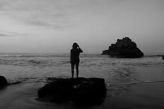 Sand, Sea, Rocks and Me (Cestomano) Tags: sea rock canon mar sand foto arena silueta siluet rocas 40d cestomano