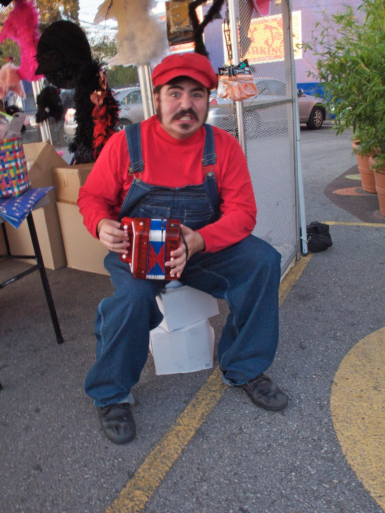 Super Mario playing accordion