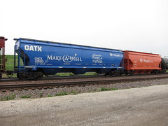 Make a Wish (Fan-T) Tags: railroad make yard train illinois paint foundation special covered wish hopper gatx bensonville 31860