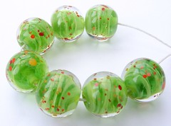 Rolling Grass Poppies Mini's (Glittering Prize - Trudi) Tags: uk green glass beads handmade round poppies trudi lampwork lentils sra glitteringprize fhfteam britlamp