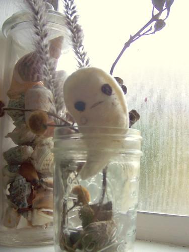 her little ghost jar