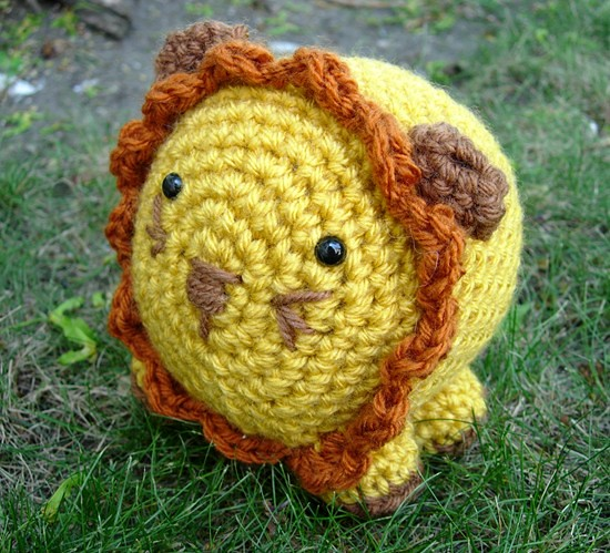Ravelry Little Amigurumi Lion Pattern By Lion Brand Yarn