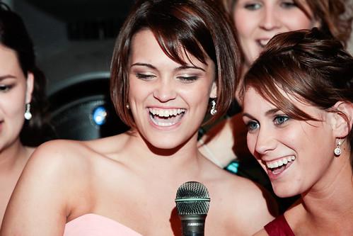 karaoke bridesmaids!